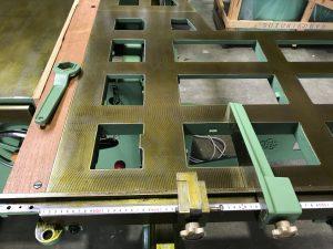 永和工業 軸傾斜横切り盤